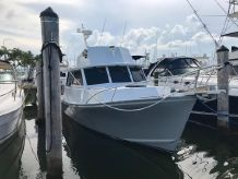 2005 Crusader Boats Custom 34 Outboard