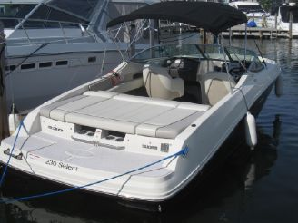 2010 Sea Ray 230 Select