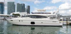 2011 Ferretti Yachts 660