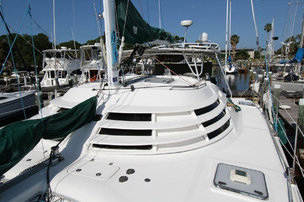 2005 Manta Catamaran - Louvers to keep salon cool yet great visibility from inside