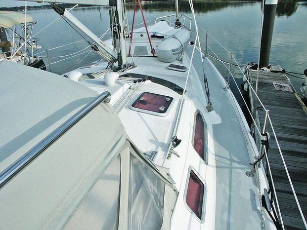 2004 Hunter BoatsalesListing New England
