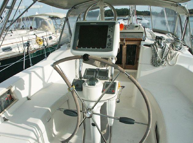 2004 Hunter Buy BoatsalesListing