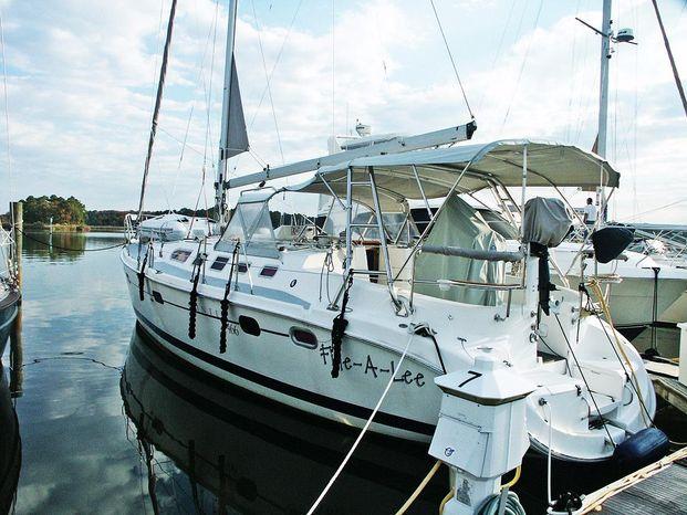 2004 Hunter BoatsalesListing Massachusetts