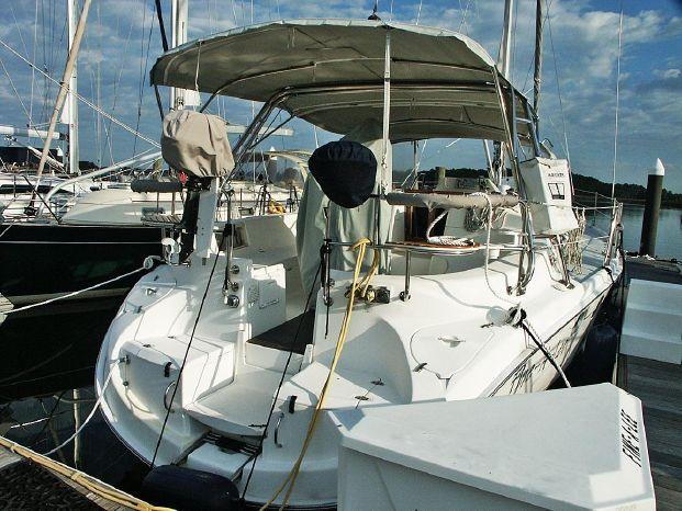2004 Hunter BoatsalesListing Maine