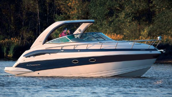 Crownline 330 SY Manufacturer Provided Image