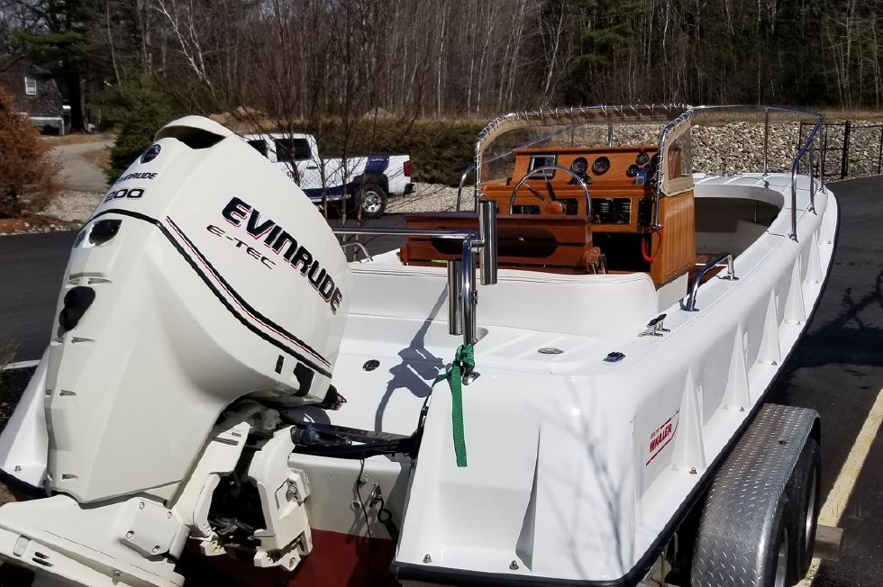 1971 Boston Whaler Outrage 210 Boats for Sale - DiMillo's