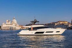 2021 Ferretti Yachts 670