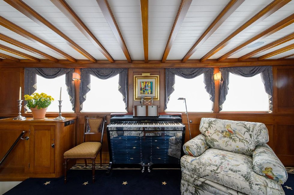 1937 Trumpy Mathis House Boat