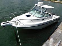 2004 Boston Whaler 275 Conquest