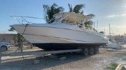 2006 Boston Whaler 320 Outrage