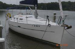 2005 Beneteau 323 Swing Keel