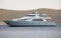 2000 Couach Motor Yacht