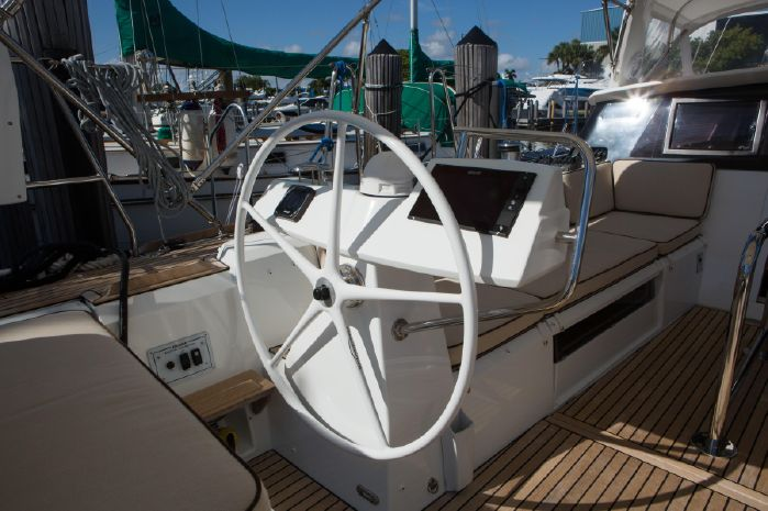 2015 Beneteau Broker Buy