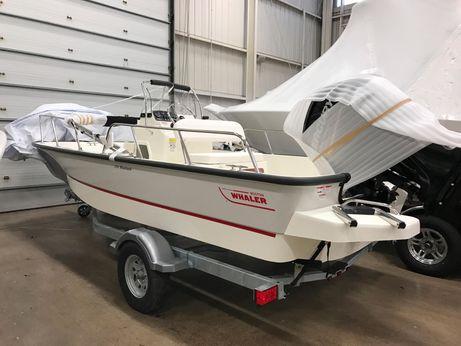 2017 Boston Whaler 170 Montauk