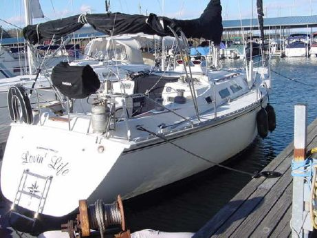 1987 Hunter deep keel