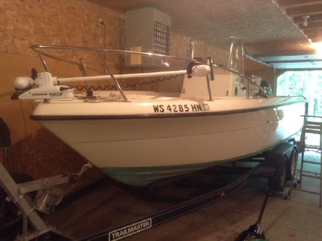 1997 Pursuit 2270 Center Console