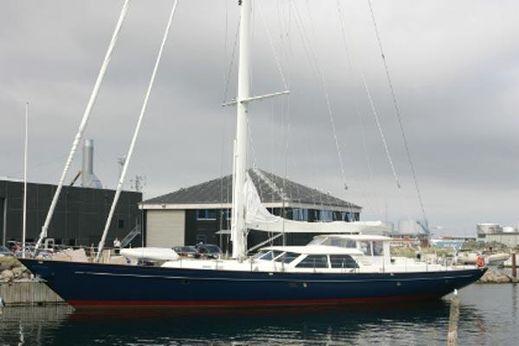 2009 Royal Denship S/Y Aventura