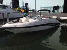 2007 Rinker 240 Captiva Deckboat