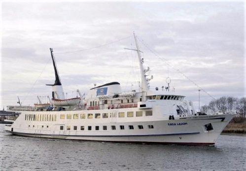 1969 Ms Saga Lejon Steelboat - Passengership