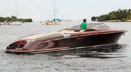 2010 Riva 33 Aquariva