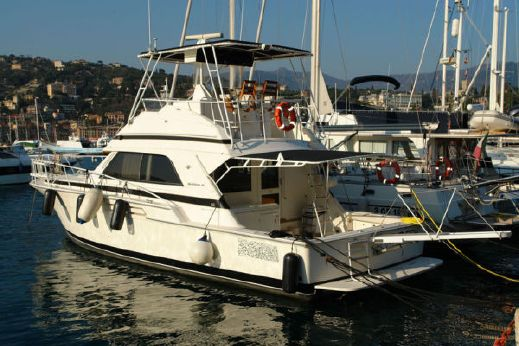 1990 Bertram Flybridge Cruiser