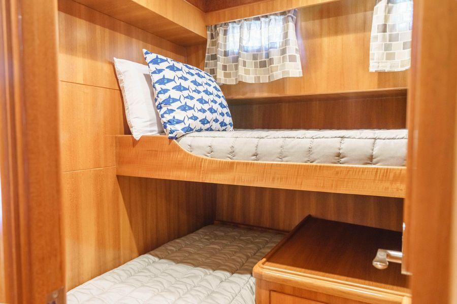 Ocean Alexander 48 Classicco Guest Bunks