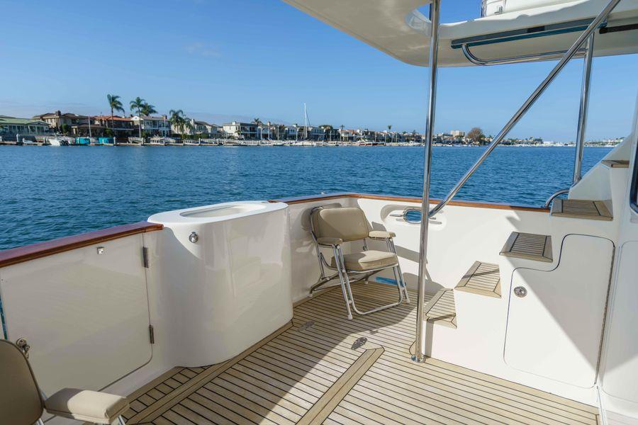 Ocean Alexaner 48 Classicco Cockpit