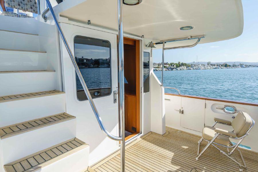 Ocean Alexander 48 Classicco Cockpit