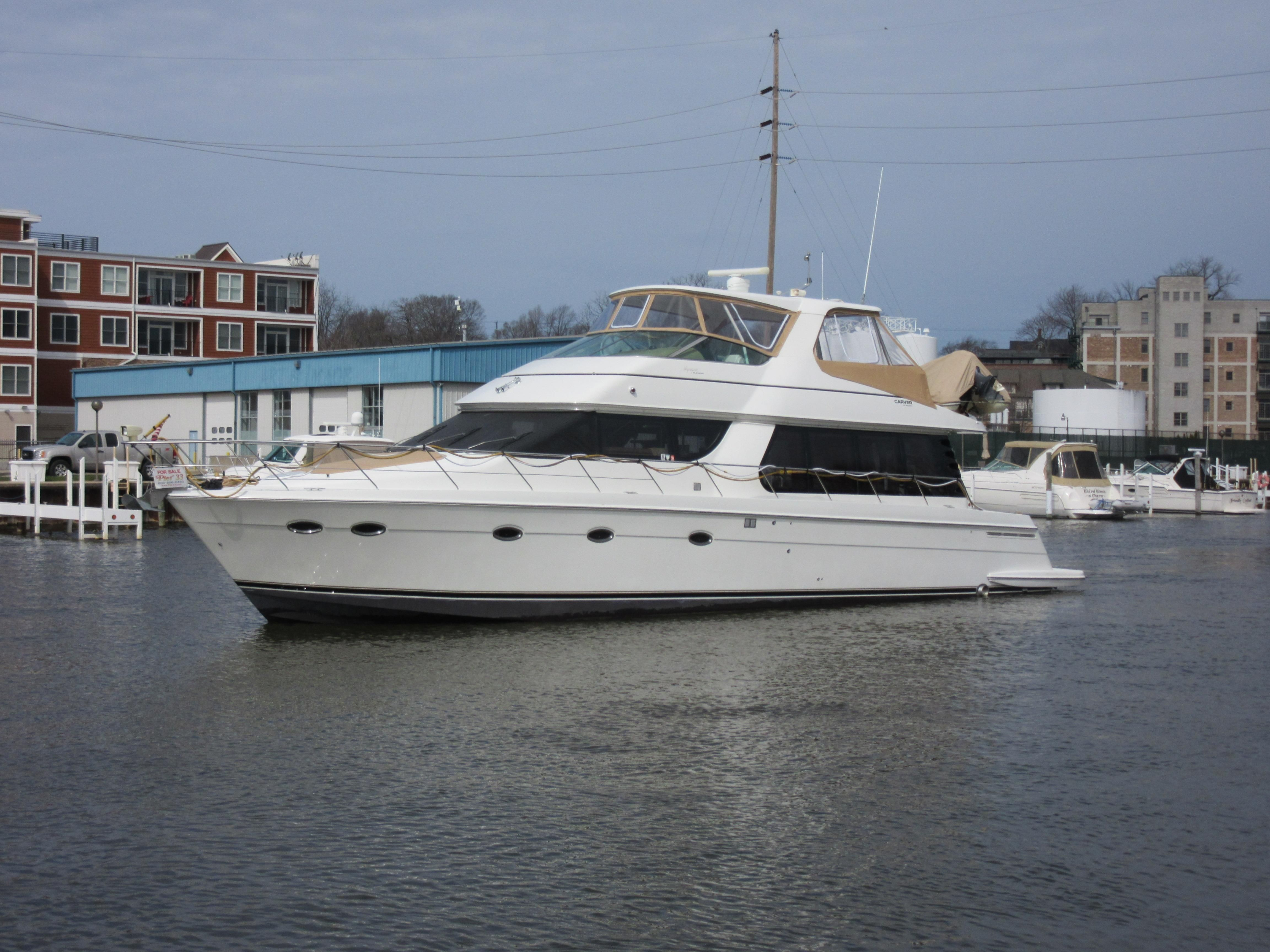 2003 carver 570 voyager pilothouse power boat for sale for Outboard motors for sale in michigan