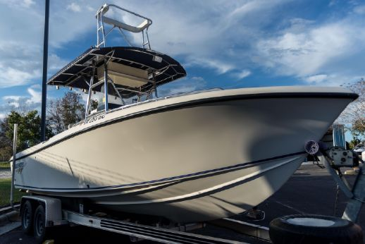 2003 Blue Water 2350 Center Console