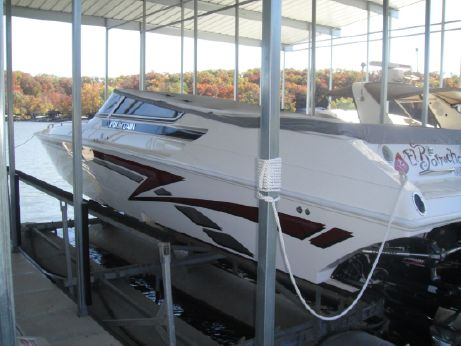 2001 Fountain 35 Lightning twin step