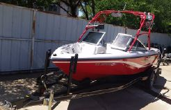 2006 Correct Craft Ski Nautique 210
