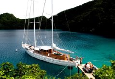 1972 Custom 90' Ketch