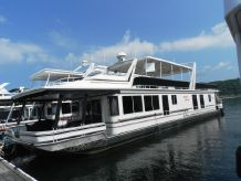 2004 Sunstar Houseboat