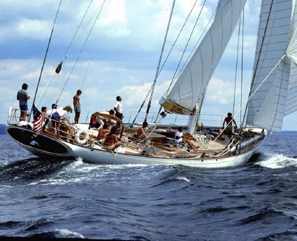 1983 Renaissance Yachts WhiteFin