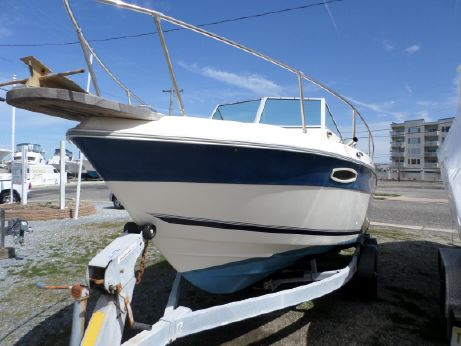 1990 Seaswirl Striper 210