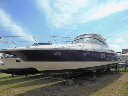 2005 Cruisers Yachts Express 420