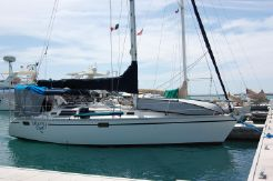 1992 Hunter Legend Sloop