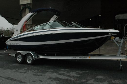 2015 Regal 2100 RX Bowrider with 270HP