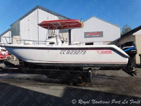 2000 Boston Whaler 26 Outrage
