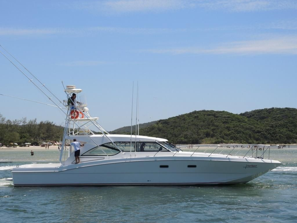 2015 mares catamaran 60 yacht fish power boat for sale for Catamaran fishing boats for sale