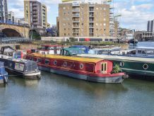 2016 Wide Beam 60ft with London mooring