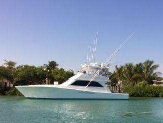 2000 Viking Yacht Convertible