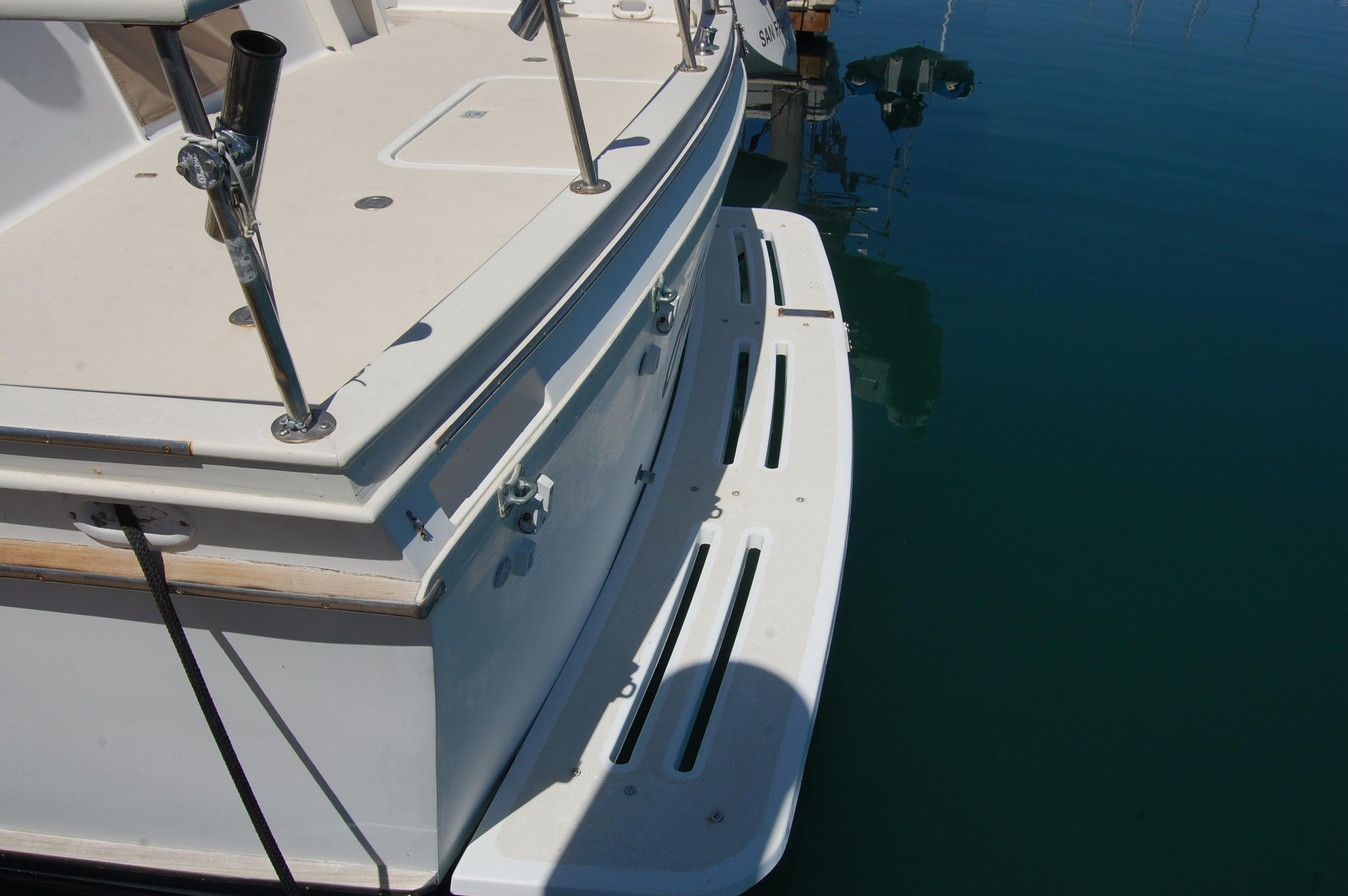 42' Californian LRC Trawler+Photo 10