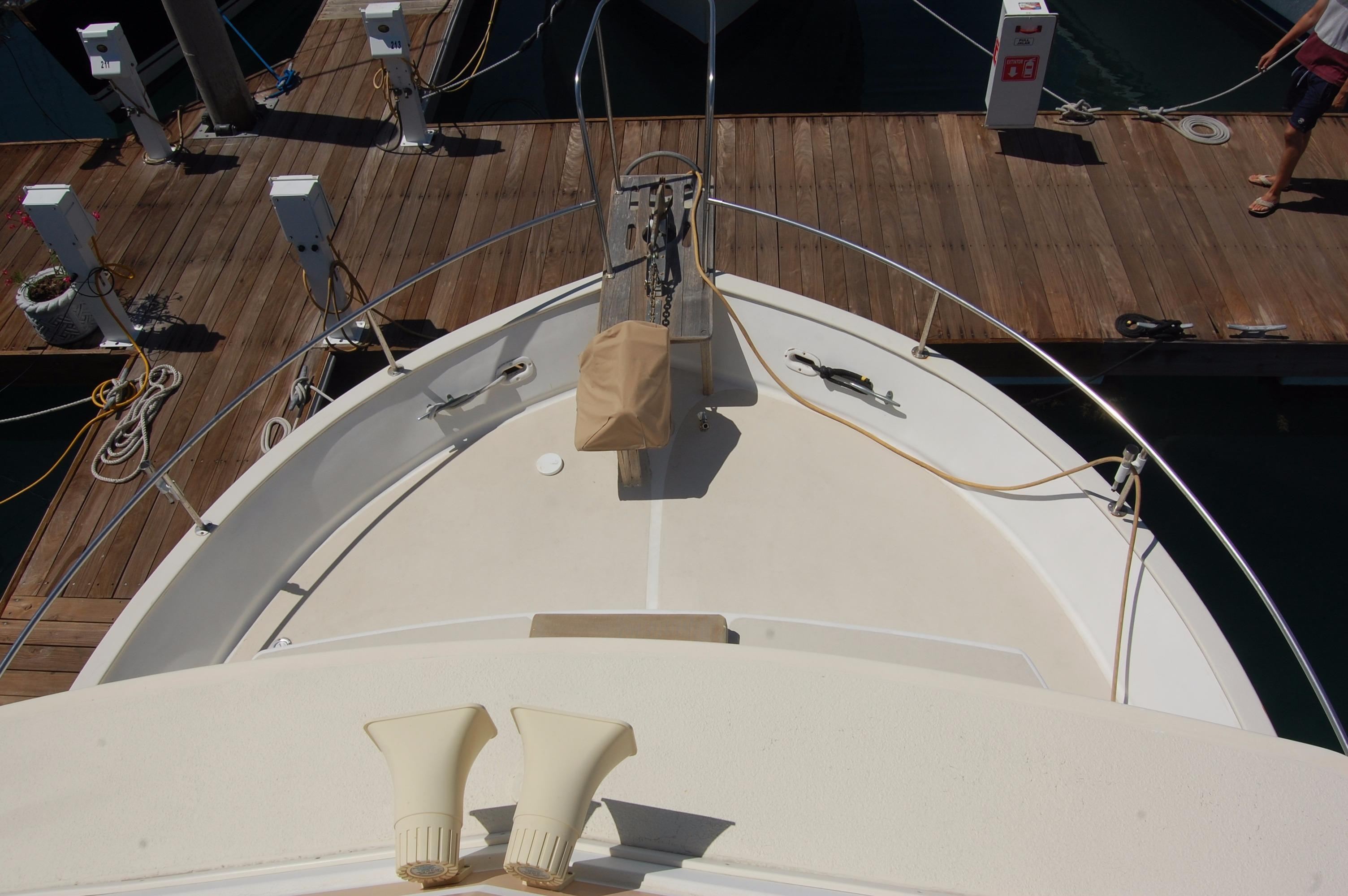 42' Californian LRC Trawler+Photo 13