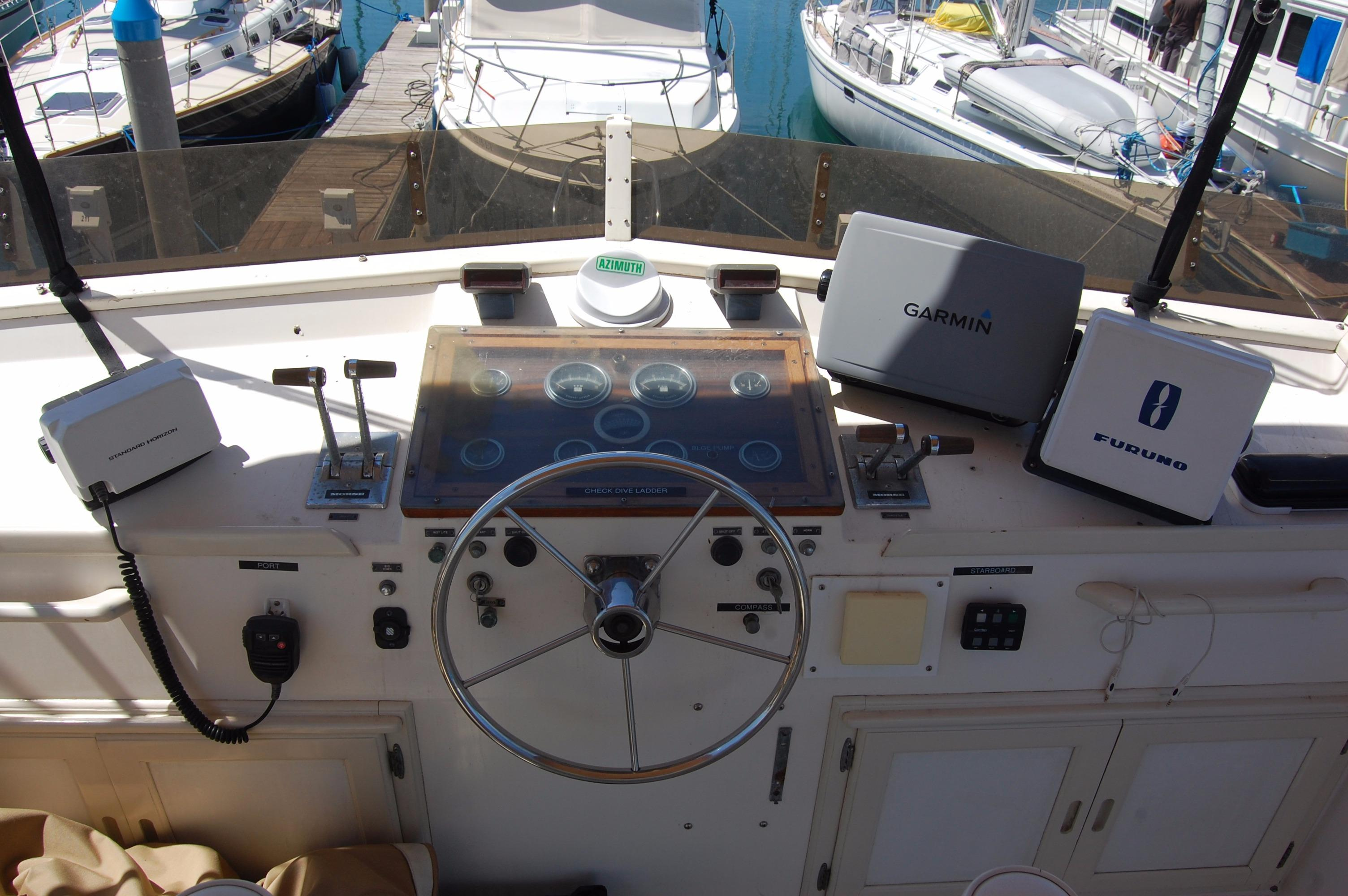 42' Californian LRC Trawler+Photo 14