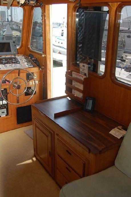 42' Californian LRC Trawler+Photo 17