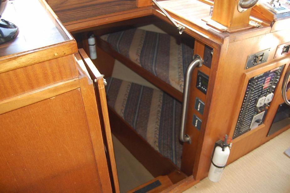42' Californian LRC Trawler+Photo 20