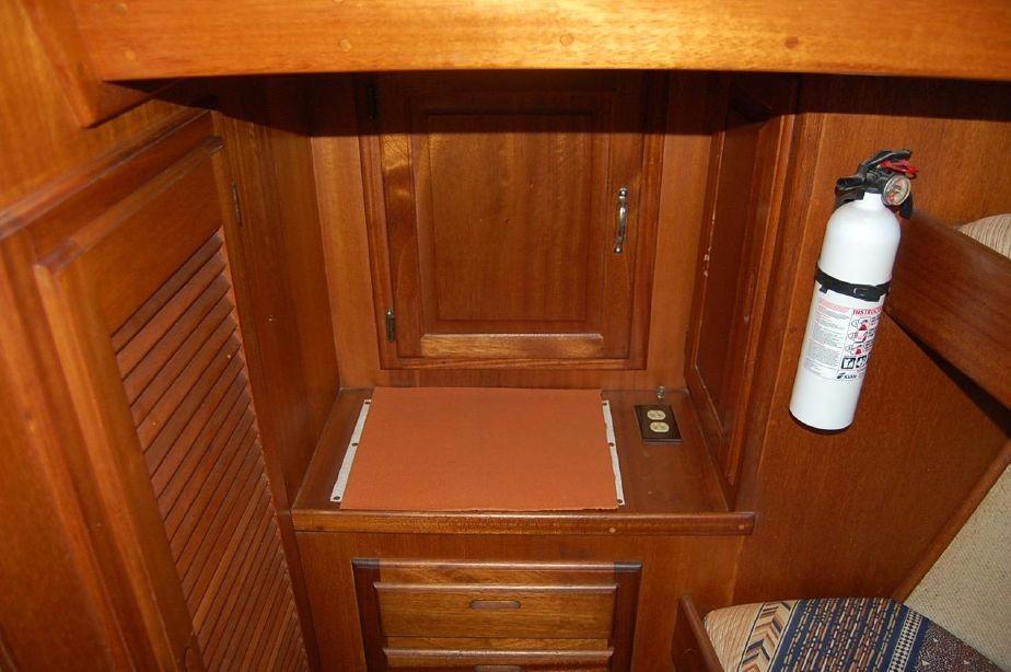 42' Californian LRC Trawler+Photo 22
