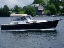 2001 Legacy Yachts 34 Express